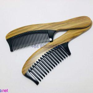 Wood Comb258